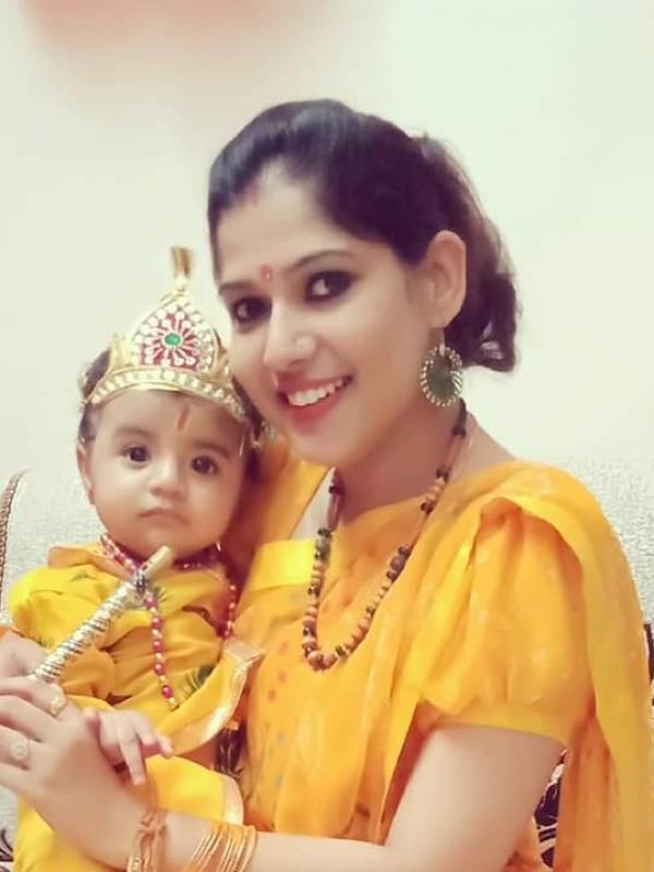 Aakanksha (Mom)&Aadrika