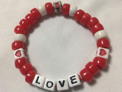 Make a Love Bracelet