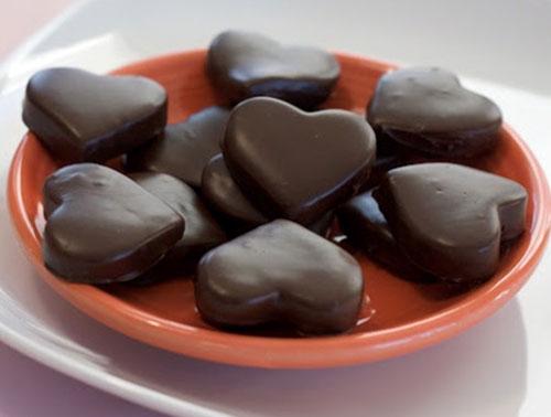 Make Heart-Shaped Chocolates